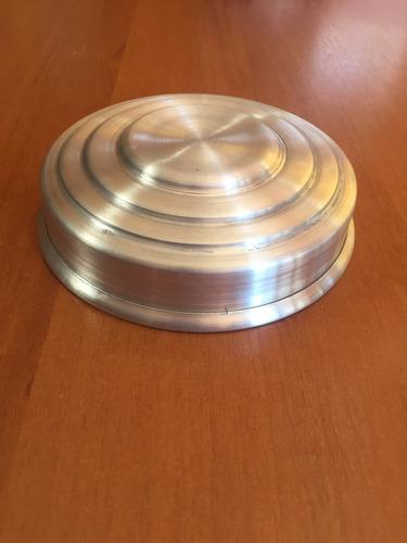 tampa para baleiro antigo em alumínio
