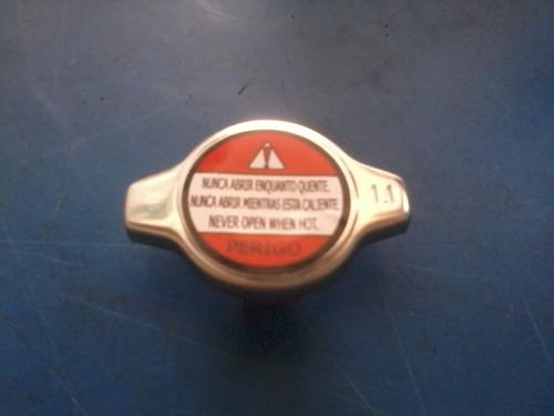 tampa radiador toyota corola  canry  83 / 92