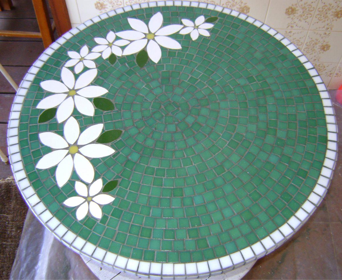 Tampo de mesa em mosaico r 380 00 em mercado livre for Mesas de mosaico