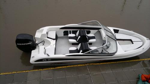 tango 4,7 mts totalmente equipada  sin motor y sin trailer