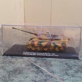 Tanque Alemán Panzer Vi Tiger Ii Ardenas 1944 Escala 1/72
