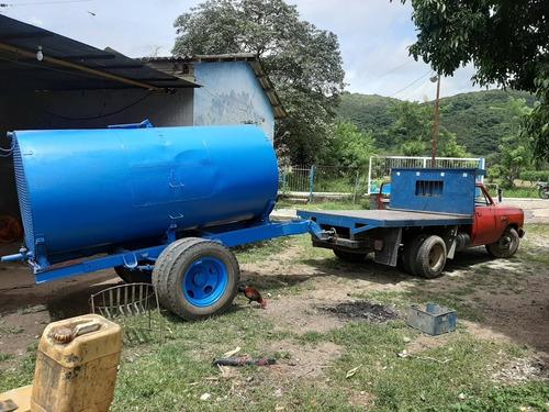 tanque de 6 mil litros con ruedas
