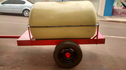 tanque de fibra 2000 litros seminovo e implementos a parte.