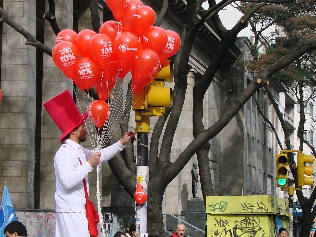 Tanque de gas helio con cinta y 50 globos de regalo - Gas helio para globos precio ...