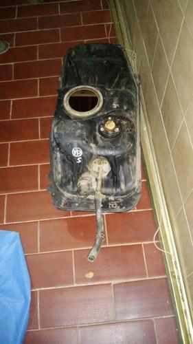tanque de gasolina terios