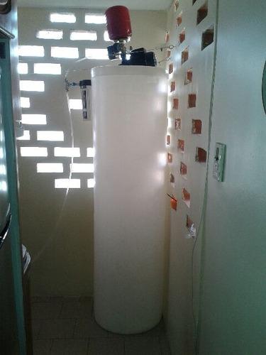 tanques de agua + bomba + hidroneumático + instalación