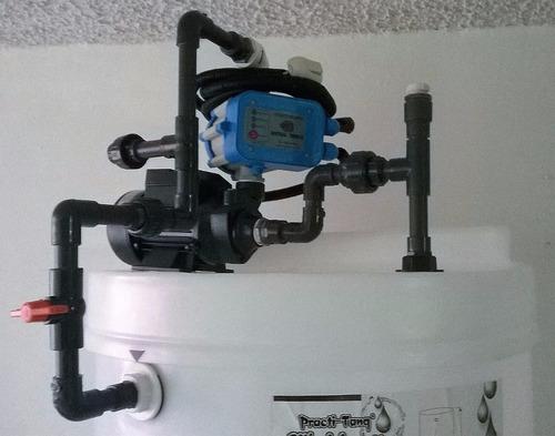 tanques de agua cilíndricos para apartamento con su bomba