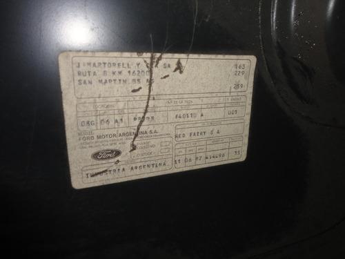 tapa baul ford taunus ghia 81/84