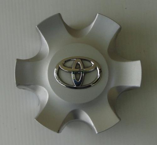 tapa centro ring toyota 4runner original usada