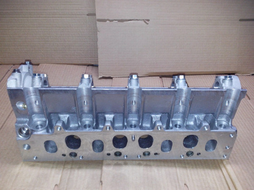 tapa cilindro r19 clio express 1.9 diesel f8q