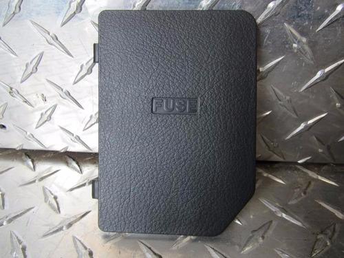 tapa de fusible  para aveo 2007  132189013766