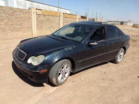 Tapa De Motor De W203 Mercedes C230 Kompessor 04