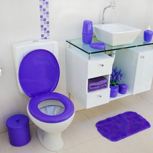 tapa indoro acolchada baño color violeta.