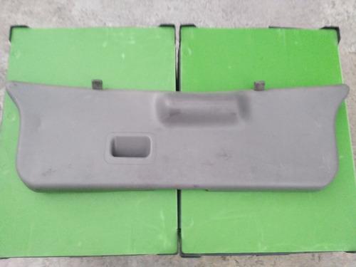tapa interior cajuela pointer original 2000-2003