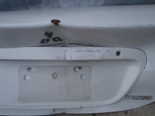 tapa maleta lancer touring 2005 - 2015 original para reparar