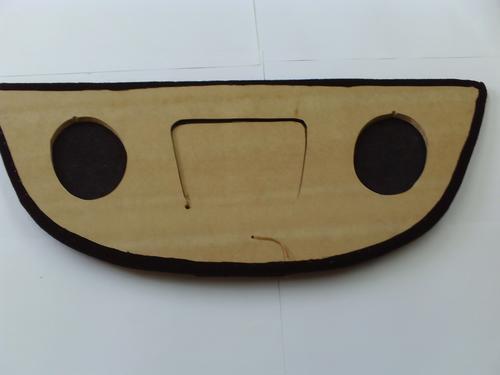 tapa para asiento trasero para vocho stop bocinas 6x9 logo