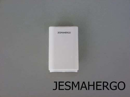tapa para baterías de control xbox 360 - blancas / negras