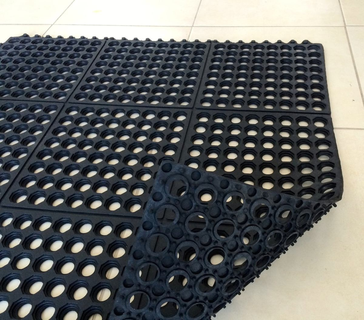 Tapete antifatiga 90cm x 90cm x paquete de 5 tapetes - Cubre piso alfombra ...