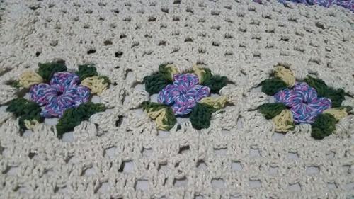 tapete croché barroco com brilho