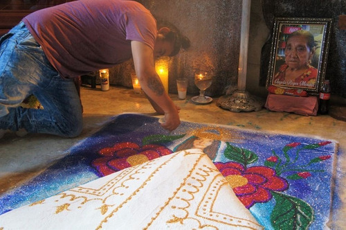 tapete de arena tradicional oaxaqueño