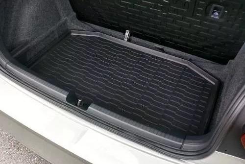 tapete de borracha do porta malas do novo polo original vw