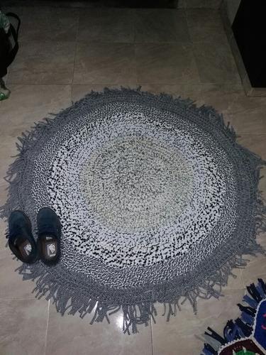 tapete de trapillo hecho a mano  vendo o cambio trueque