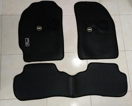 tapete en alfombra negra elegantes y de excelente calidad!!