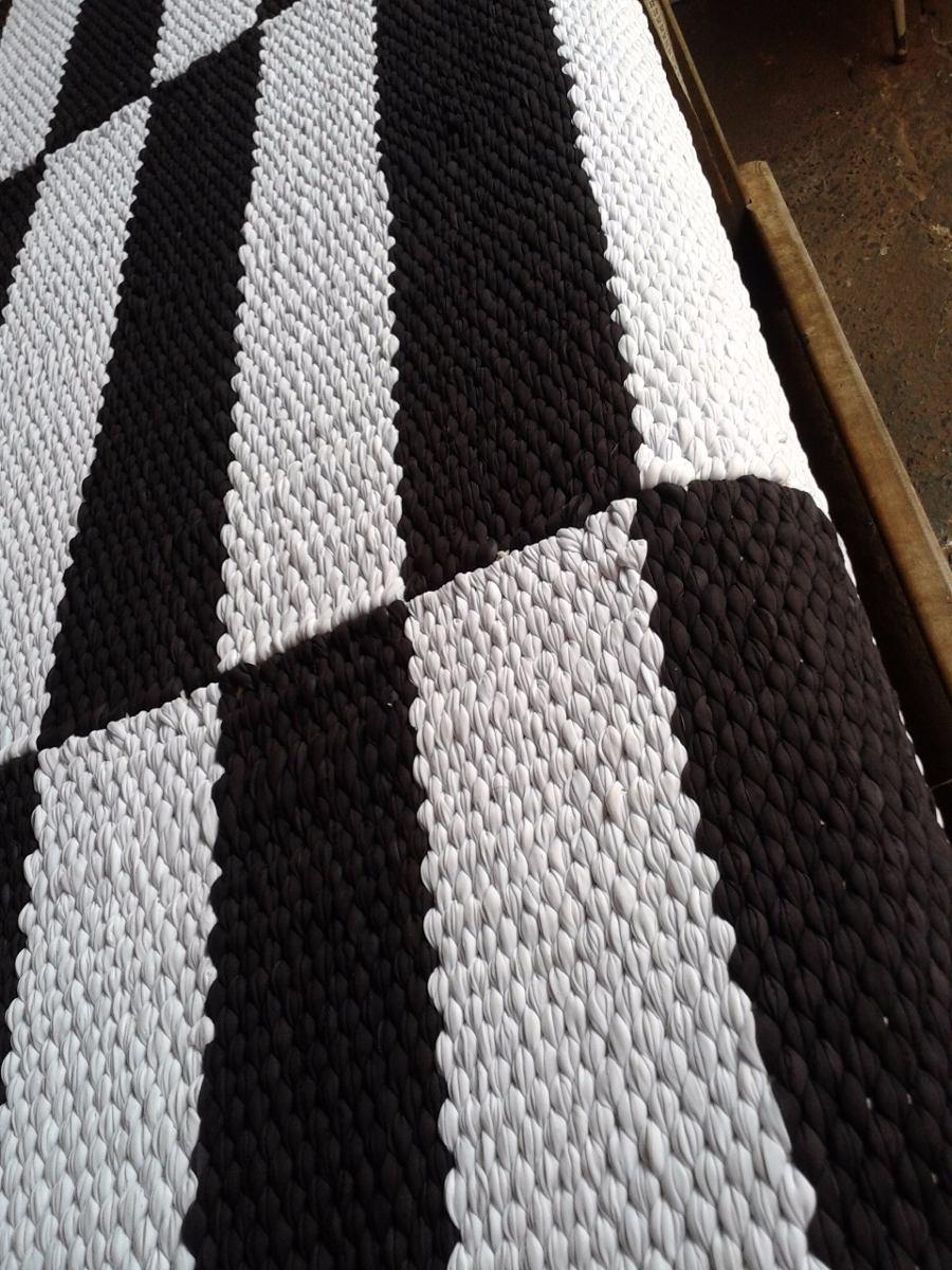 Tapete Listra Preto E Branco 1 50 X 2 00 R 400 00 Em Mercado Livre -> Tapete Sala Listrado Preto E Branco