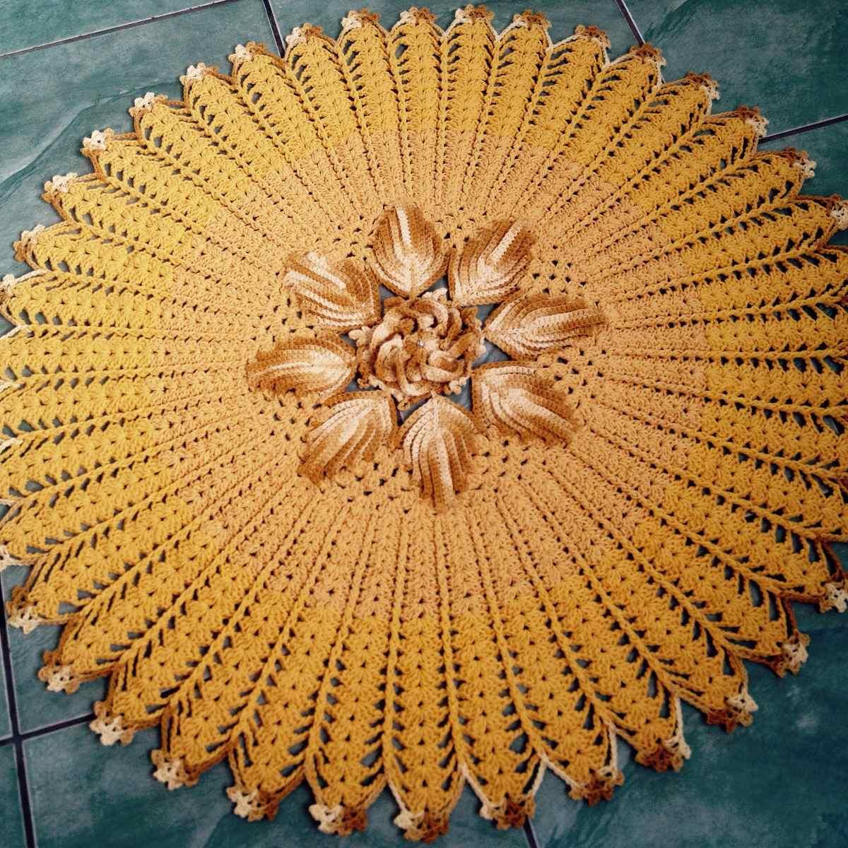 Tapete Redondo Em Croch Sala 1 50 1 50 Cm Amarelo Ouro R 320 00  -> Tapete Para Sala De Barbante Redondo