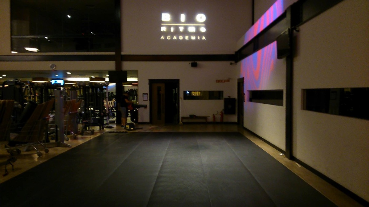 Tapete St Dio Pilates Ginastica Fitness 3mm 35 Metros R 1 500 00  -> Tapete Para Sala De Pilates