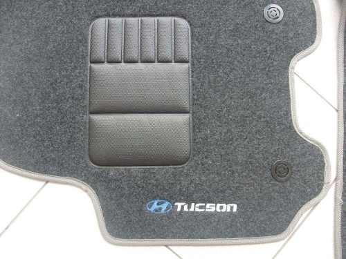 tapete tucson 2011/2012/2013 em carpete com 3 peças