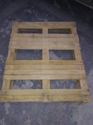 tarima de madera de pino 100 x 120 x 14 cms.