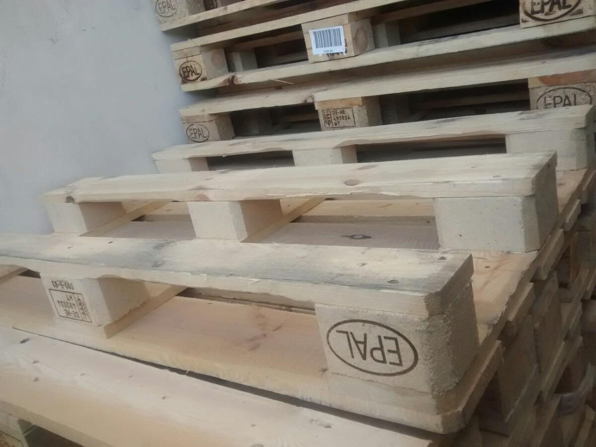 Tarima de madera epal seminueva para muebles o for Muebles para tv con tarimas