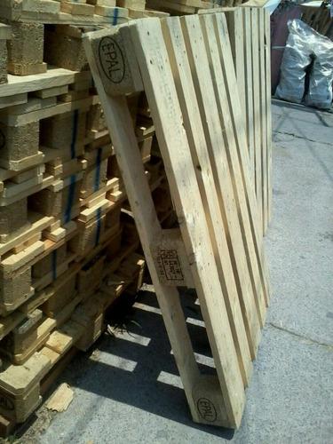 tarimas de madera  1 solo uso en estado impecable