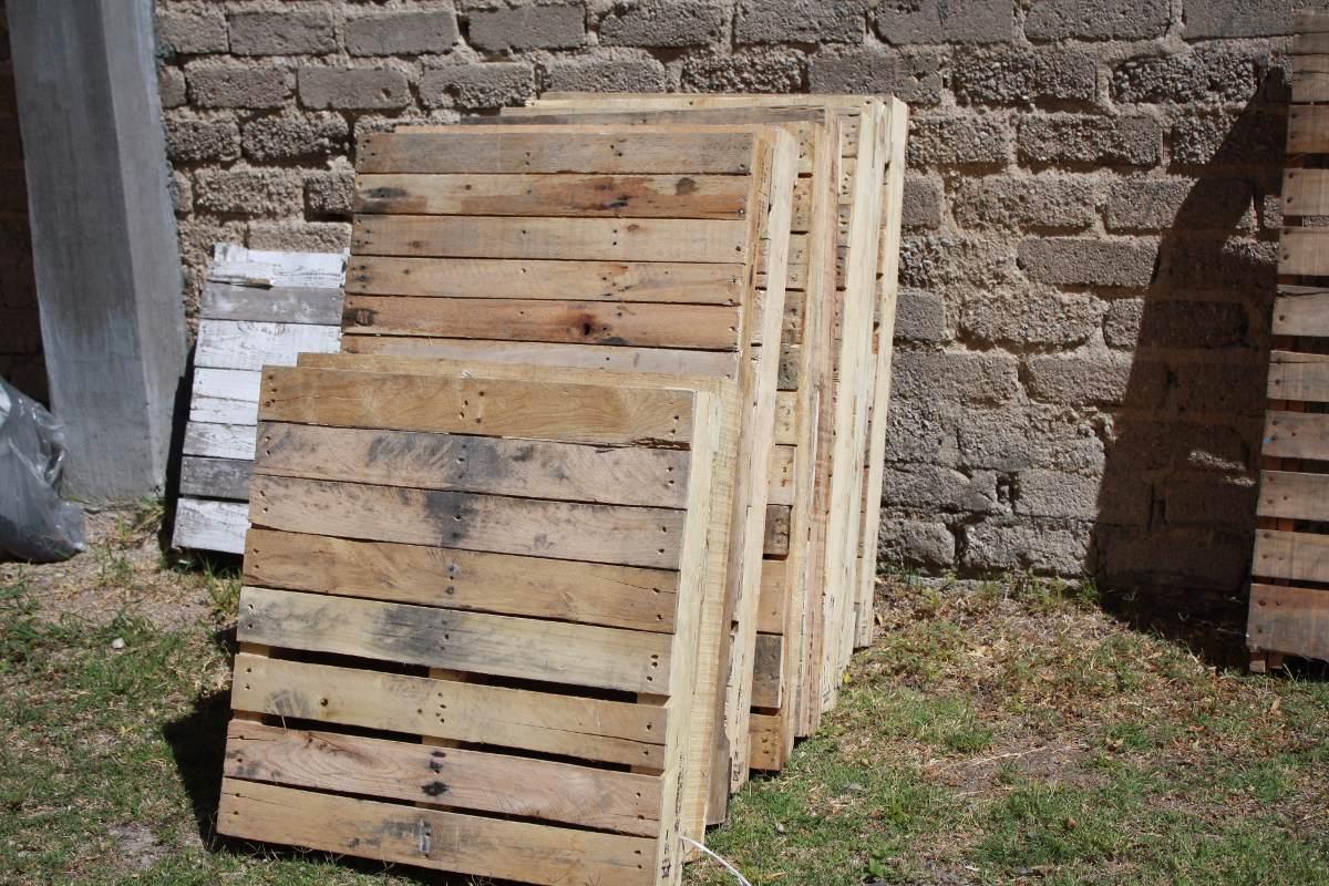 Tarimas madera chica 72x74 ideales para muebles reciclaje for Tarimas de madera para muebles