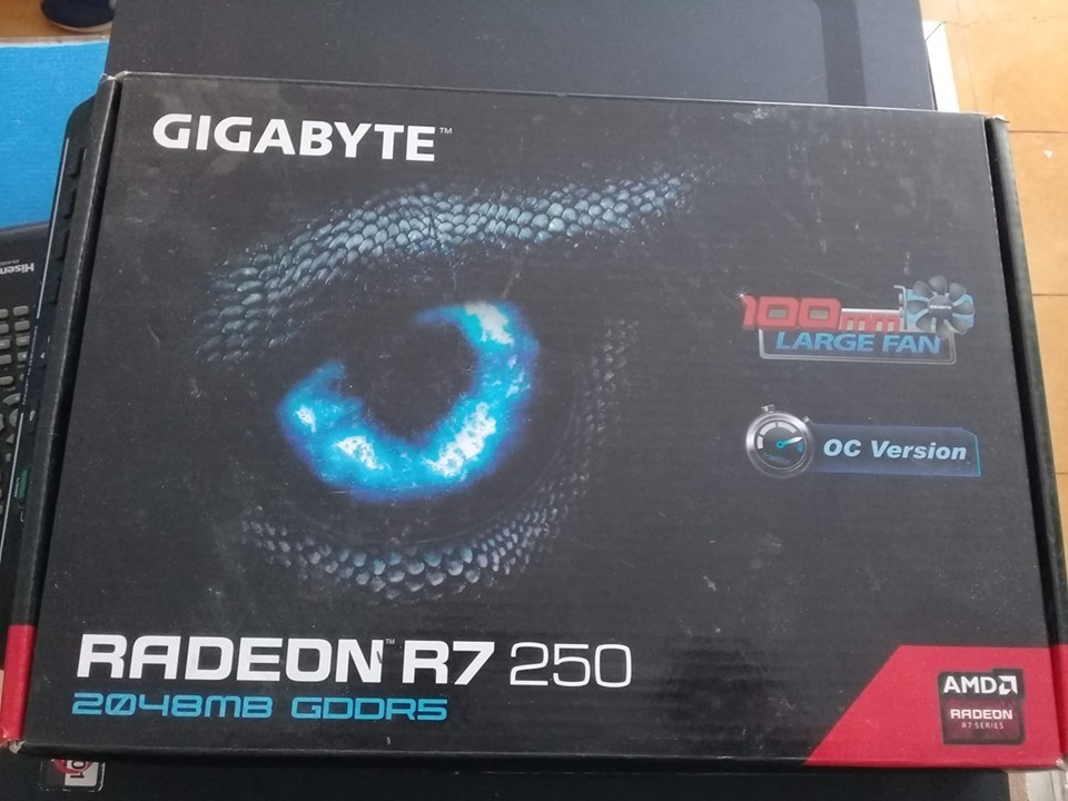 Tarjeta Grafica Amd Radeon R7 250 Ddr5 2gb - $ 2,000 00