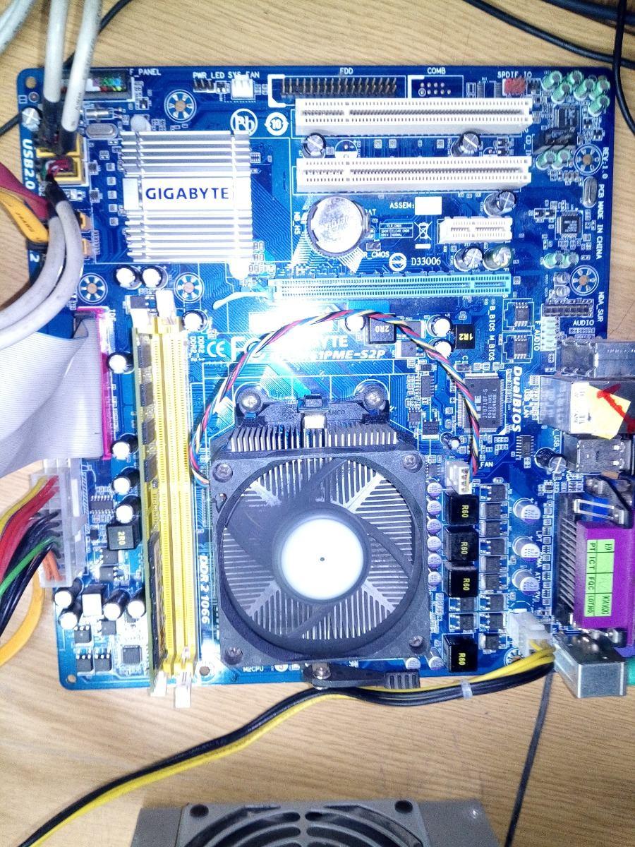 Tarjeta Madre Am2+ Gigabyte Ga-m61pme-s2p Y Pro Athlon 2.70