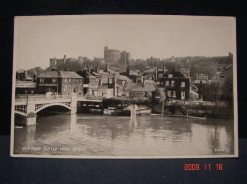 tarjeta postal antigua. castillo de windsor desde el puente.