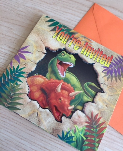 Tarjetas De Invitacion Dinosaurios Fiestas Piñatas X 8