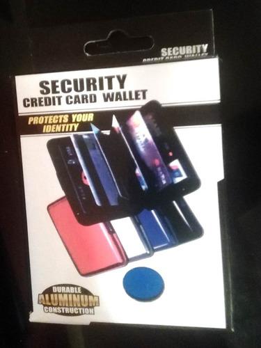 tarjetero aluma wallet colores. descripción aluminio.