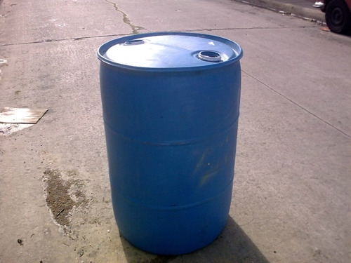 tarrina plastico de 200 litros