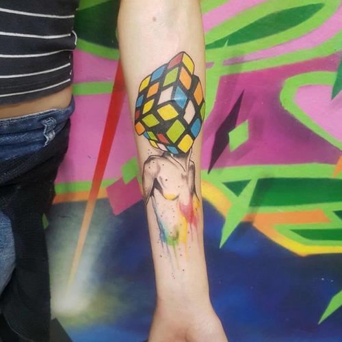 tatoo / fechamento de braço