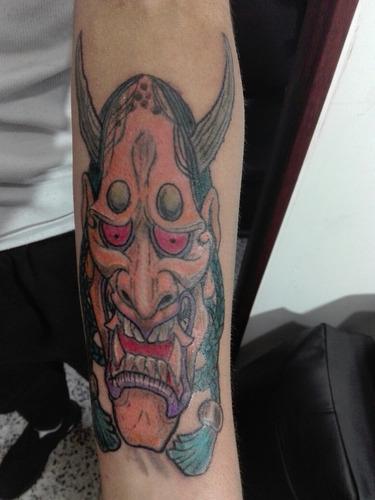 tatoos & body piercing