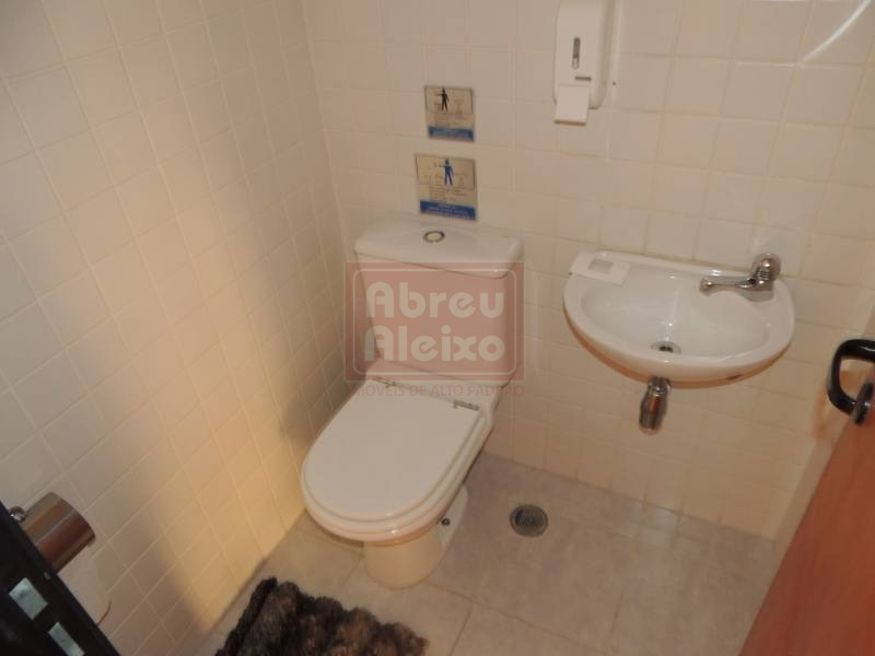 tatuapé - sala comercial com 32 m² - próxima ao metrô carrão, conjunto com 2 banheiros + 1 vaga de garagem - 222