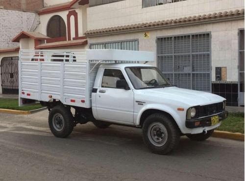 taxi carga & eliminación desmonte & recojo desmonte  las 24h