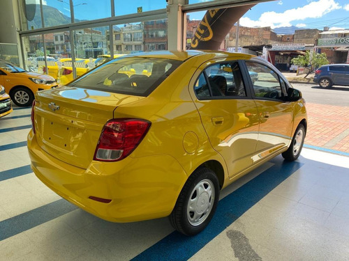 taxi chevrolet beat 2020