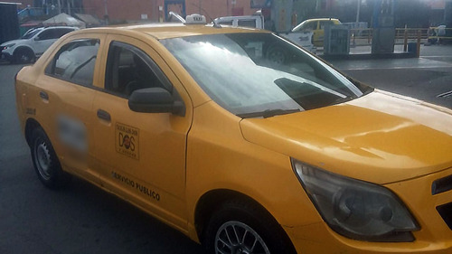taxi chevrolet elite cobalt con cupo negociable