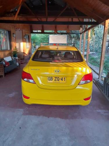 taxi colectivo hyundai