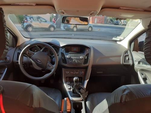taxi con licencia ford focus iii 1.6 sedan s 2017