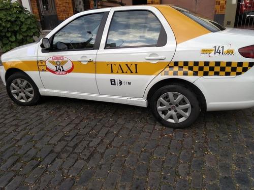taxi fiat siena 2015
